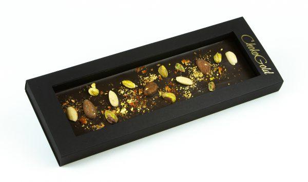 Gold pistacio i zrna kakaa